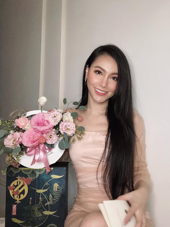 Sao Việt lựa chọn quà Trung thu - 2