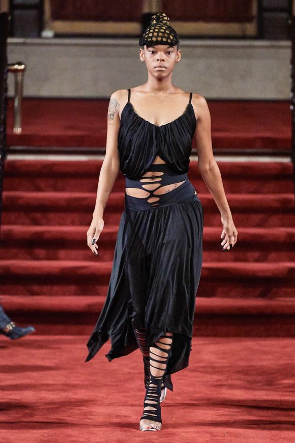 Trong bối cảnh nhiều nhà thiết kế Mỹ đang nổi lên, Section 8 là một làn gió mới đầy hứa hẹn, Vogue nhận định.