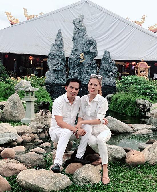 Từ vai trò diễn viên, Thiên Bảo hiện chuyển hướng thử sức với cả vai trò đạo diễn. Vợ chồng anh tiết lộ đang sản xuất một số dự án phim điện ảnh.