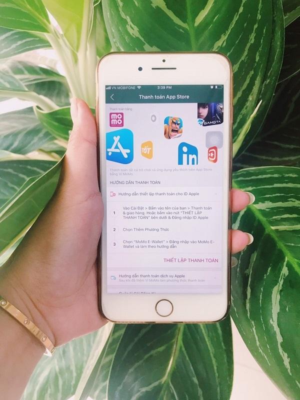 Người dùng có thể quản lý thông tin thanh toán cho ID Apple trong mục Cài đặt trên iPhone, iPad và iPod touch, hoặc trên máy Mac hay PC. Người dùng có thể quản lý thông tin thanh toán cho ID Apple trong mục Cài đặt trên iPhone, iPad và iPod touch, hoặc trên máy Mac hay PC.