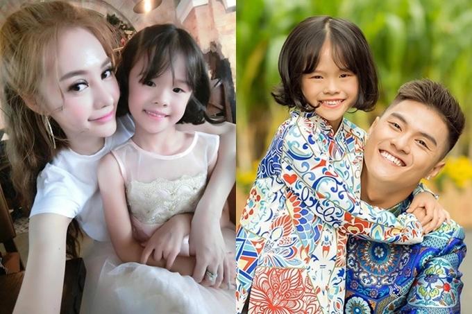 Về mối quan hệ với bé Kỳ Kỳ - con riêng của Lâm Vinh Hải, Linh Chi chia sẻ cô yêu quý bé dù không thường xuyên gặp gỡ. Dịp Tết 2018, người đẹp làm stylist và đốc thúc bạn trai thực hiện bộ ảnh chung với con gái.