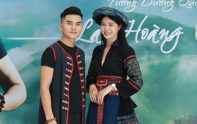 La Hoàng Quý bên diễn viên đóng MV Lan Ngọc.