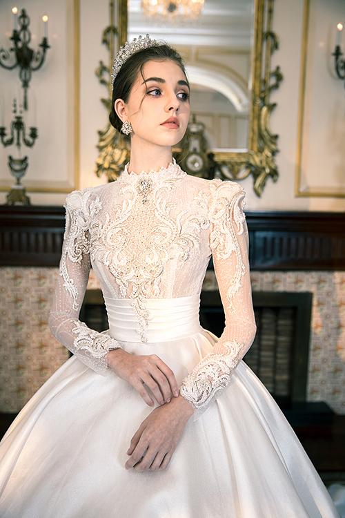 Mẫu đầm lấy cảm hứng từ váy của cố Công nương Grace Kelly xứ Monaco vẫn là hot trend của giới trẻ thời nay, dù chiều dài lịch sử của phiên bản gốc đã kéo dài hơn 60 năm.