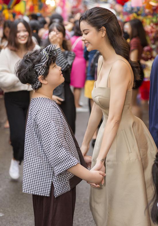 Trương Quỳnh Anh chia sẻ, cô muốn trở thành một người mẹ tốt hơn là một nghệ sĩ thành công.