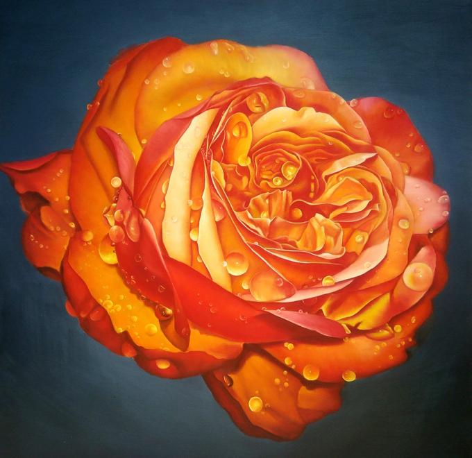 Một trong các bức vẽ của anh Tuân.Tác phẩm hoa hồng đầu tiên của anh được chọn tham dự triển lãm khu vực phía Nam miền Trung Tây nguyên. Bức tranh được Ban tổ chức giới thiệu tham dự giải thưởng Ủy ban toàn quốc Liên hiệp các Hội Văn học - Nghệ thuật Việt Nam. Trong triển lãm, tranh của anh Tuân đã được nhà sưu tầm người Đức mua lại với giá cao.