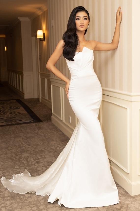 Sắp tới, người đẹp muốn thể hiện hình ảnh vui vẻ, nhiệt huyết và khả năng ca hát khi tham gia Hoa hậu Hòa bình 2019 ở Venezuela.