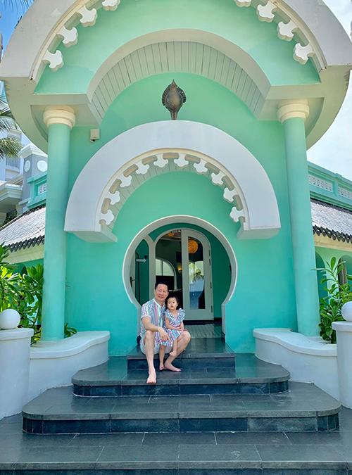 Thảo chọn hòn đảo xinh đẹp để nghỉ dưỡng vì thích phong cảnh nơi đây, mặt khác gần resort có vườn thú, thích hợp cho con gái Bồ Câu tới tham quan.