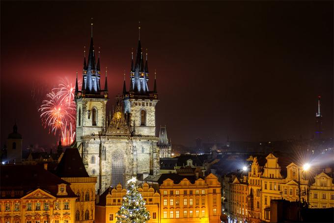 Prague còn sở hữu Nhà thờ Đức Mẹ hơn 700 tuổi.
