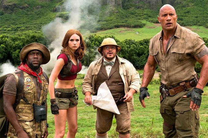 Kevin Hart (ngoài cùng bên trái) và các đồng nghiệp trong phim Jumanji: Welcome to the Jungle.