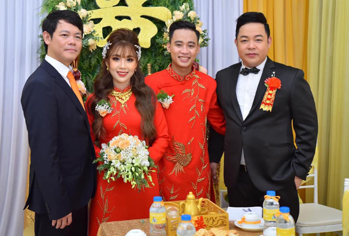 Quang Lê làm chủ hôn cho đám cưới của con trai nuôi Nguyễn Quí ở Cần Thơ, hôm 7/9.