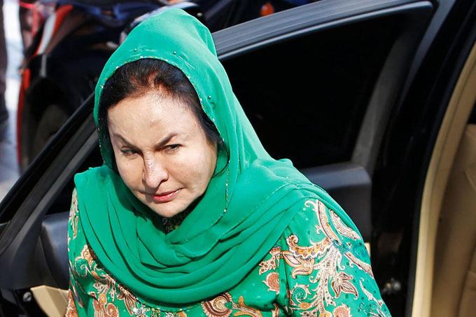 Bà Rosmah đến trình diện Ủy ban chống tham nhũng Malaysia hồi tháng 9/2018. Ảnh: Reuters.