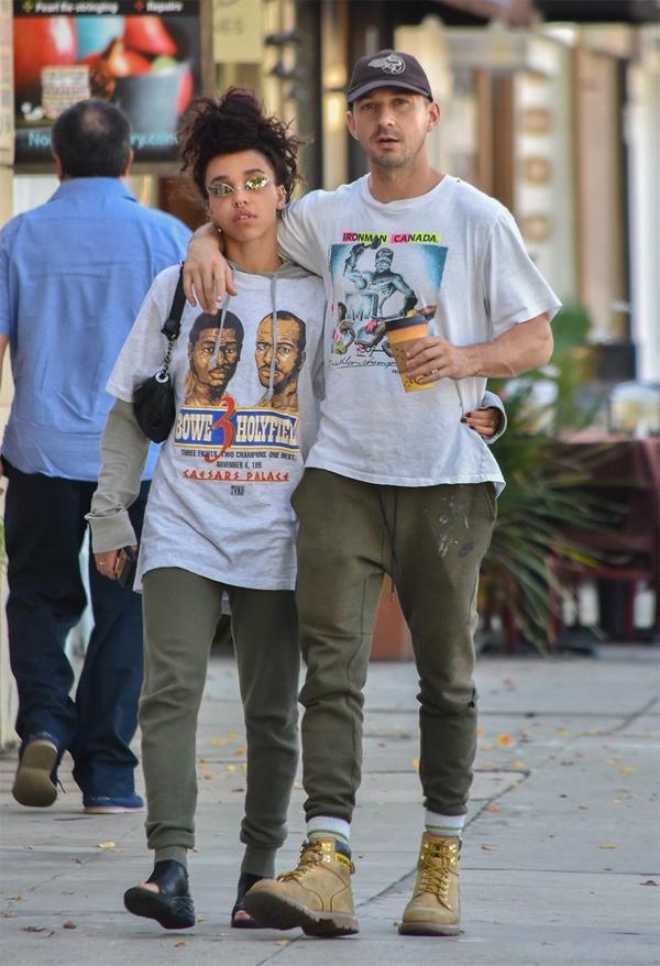FKA Twigs chỉ mới chia tay nam diễn viên Transformers Shia LaBeouf hồi tháng 5. Cặp sao trải qua gần một năm hẹn hò.