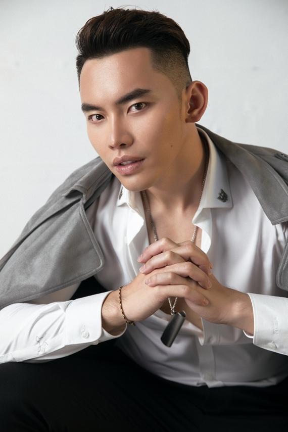 Người mẫu Trần Mạnh Khang được chọn thi Nam vương Siêu quốc gia 2019.