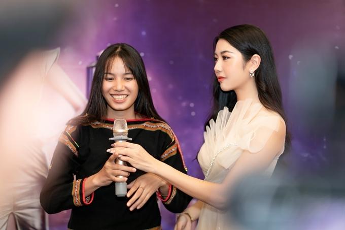 Nhan sắc bản sao Phạm Hương ở Hoa hậu Hoàn vũ VN 2019 - 7