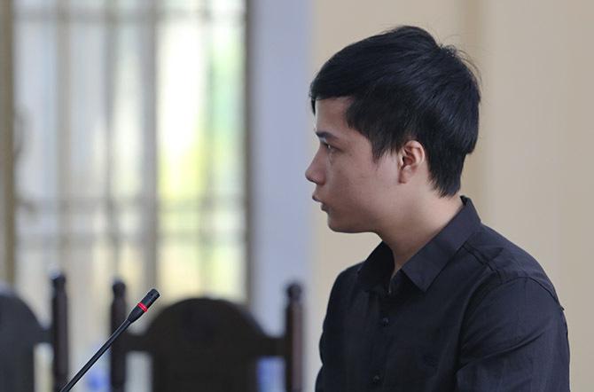 Trần Văn Dương tại tòa. Ảnh: Sơn Thủy.