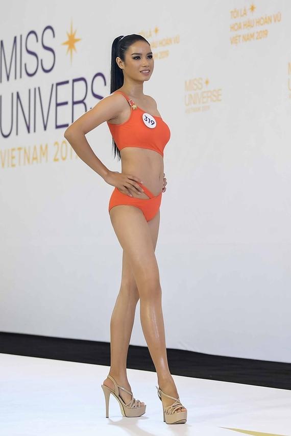 Nhan sắc bản sao Phạm Hương ở Hoa hậu Hoàn vũ VN 2019 - 4
