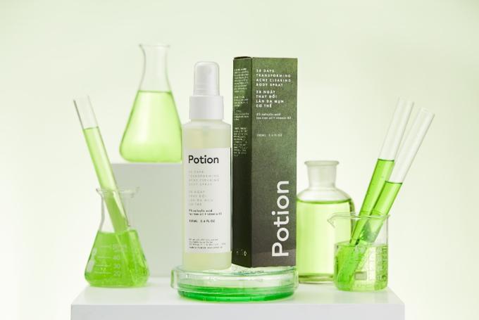 Potion Body Spray có thể giúp cả nam lẫn nữ thay đổi làn da mụn sau 28 ngày.