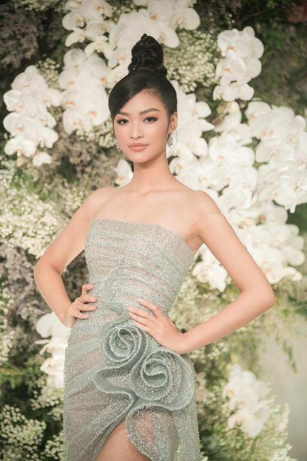 Á hậu 1 Hoa hậu Thế giới Việt Nam Kiều Loan.