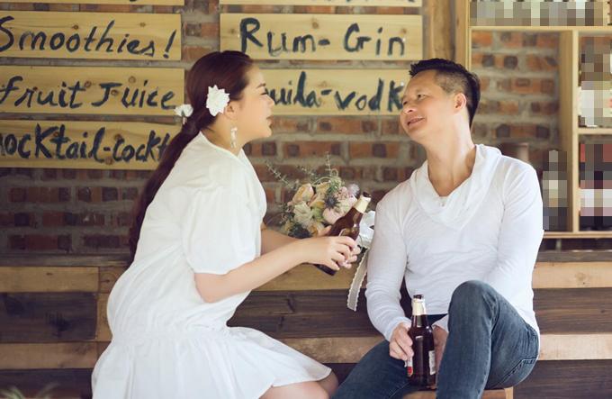Phan Như Thảo lần đầu gặp đại gia Đức An vào dịp Tết năm 2015. Cả hai chưa tổ chức lễ cưới mà chỉ có đám hỏi vào tháng 12/2015. Bé Bồ Câu ra đời năm 2016, là cầu nối tình yêu giữa cặp vợ chồng lệch 26 tuổi.