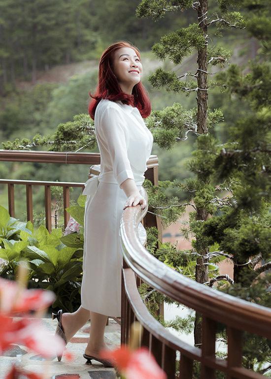 Ở tuôi 40, nữ diễn viên hài lòng với cuộc sống hiện tại, được làm công việc mình yêu thích và có hôn nhân êm đềm, hạnh phúc.