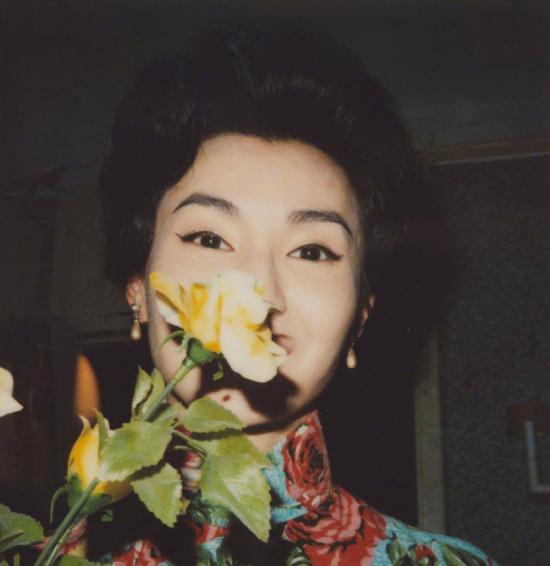 Nhân dịp kỷ niệm sinh nhật tuổi 56 của Trương Mạn Ngọc, nhiếp ảnh gia Hạ Vĩnh Khang - người từng đồng hành với nhiều bộ phim mà nữ diễn viên đóng, trong đó có Tâm trạng khi yêu đã đăng tải một số hình ảnh của cô thời trẻ. Những bức ảnh lập tức gây sốt, khán giả đều nhận xét Trương Mạn Ngọc thời son trẻ sở hữu vẻ đẹp đặc biệt, tạo cho cô một sức hút rất riêng trên màn ảnh.