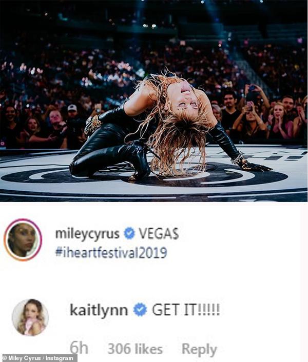 Kaitlyn comment ùng hộ Miley Cyrus sau khi chia tay.
