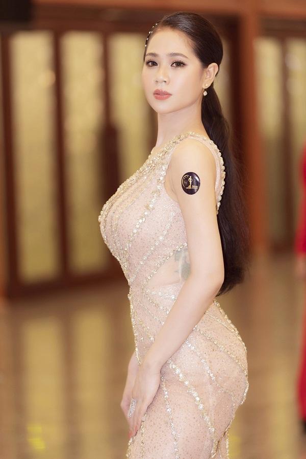Hiện tại, ngoài việc kinh doanh tại Jebu Beauty & spa, người đẹp còn tham gia các khóa học quản trị kinh doanh, tìm hiểu thêm về bất động sản.