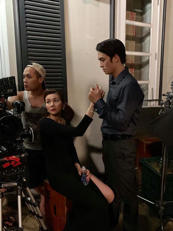 Một cảnh quay tình cảm giữa Thanh Hằng và Lãnh Thanh.