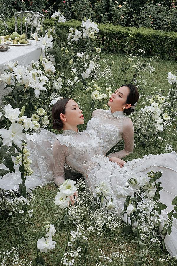 Bộ ảnh được hỗ trợ thực hiện bởistylist Huyền Gin, trang điểm Nganxu, Phùng Ngọc Sơn, làm tóc Trần Vân và nhiếp ảnh Trupi.