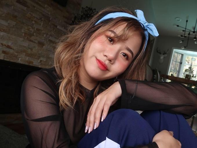 Maili Nguyễn là con gái lớn, hiện sinh sống ở Hàn Quốc. Cô gái sở hữu gương mặtxinh đẹp, yêu thích cách trang điểm nhẹ nhàng của xứ kim chi.