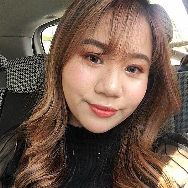 Maili hạnh phúc khi quyết định sang Hàn Quốc được mẹ ủng hộ dù phải tạm ngưng việc học năm 2. Bước sang môi trường sống mới, cô bắt đầu từ việc học tiếng Hàn và cố gắng tự lập, hòa nhập cuộc sống.