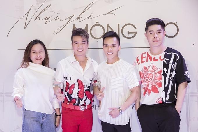 Buổi casting còn có sự góp mặt của các giám khảo khách mời: đạo diễn thời trang Nguyễn Hưng Phúc (phải)và đạo diễn Mai Huyên (trái).