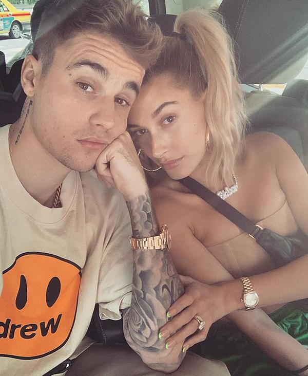 Theo TMZ, lễ cưới của Justin và Hailey sẽ được tổ chức tại một resort ở Nam Carolina miền nam nước Mỹ. Sau tiệc chia tay thời độc thân, cặp sao sẽ tới Nam Carolina để chuẩn bị cho hôn lễ diễn ra vào đầu tuần tới.