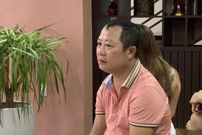 Ông Đức cùng vợ làm chủ hi cơ sở kinh donh kroke, khách sạn có dịch vụ mại dâm ở Quảng Bình.Ảnh:Tr.T.