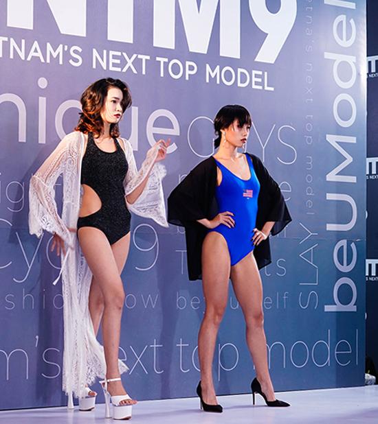 Trong ngày thi thứ 2 của vòng sơ tuyển khu vực phía Nam, các thí sinh cùng khoe hình thể với mà trình diễn bikini.