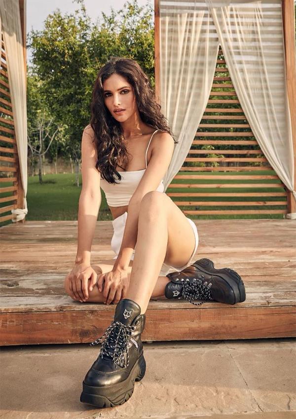 Cô không đẹp thuần Á mà có nét phương Tây - yếu tố được coi là lợi thế tại cuộc thi Miss Universe.