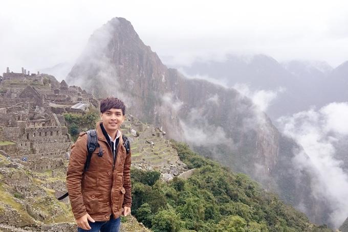 Hồ Quang Hiếu ở Machu Picchu hay còn được gọi là thành phố đã mất của người Inca nằm trên thung lũng Urubamba ở Peru.