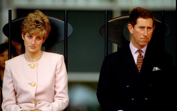 Công nương Diana và Thái tử Charles ly thân năm 1992. Ảnh: UK Press.