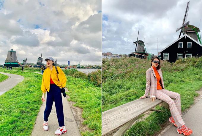 Kỳ Duyên và Minh Triệu tận hưởng mùa thu ở châu Âu. Đôi bạn tranh thủ thời gian sang Pháp dự tuần lễ thời trang để du lịch đất nước của tháp Eiffel và thưởng thức món kem độc đáo được mệnh danh là kem Song Hye Kyo. Sau đó, hai người đẹp tiếp tục hành trình ở Hà Lan. Hai bạn cùng nhau đi khắp nơi trên thế giới bằng chiếc tàu điện ngầm. Duyênchẳngbiết gì nhưng cứ lần mò theo Google Maps thôi. Thế mà chả bao giờ lạc đường nhé! Dẫn được bạn đi cùng tới mọi nơi mà bạn muốn! Giá rẻ lại còn sạch đẹp và tiện nghihihi. Đi thăm ngôi làng cối xay gió nổi tiếng mà thấy hơi giống phim trường nước mình, hoa hậu viết.