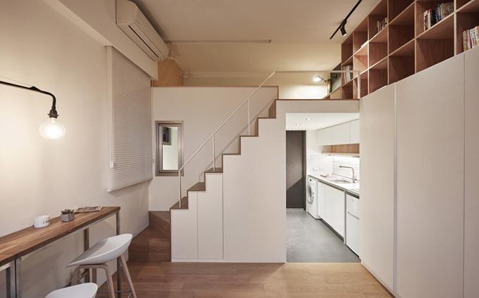 Căn hộ có một phòng tắm, không gian sinh hoạt chung, gác lửng (chỗ ngủ), bếp, nơi làm việc.Nhóm kiến trúc sư do Szu Min Wang dẫn đầu mong muốn thiết kế nàyđem lại giải pháp cho người trẻ - nơi mà nhà giá rẻ khan hiếm, không gian sống chật hẹp. Cầu thang được lát gỗ sồi. Tay vịn bằng thép mỏng, màu trắng để tạo sự hài hòa.