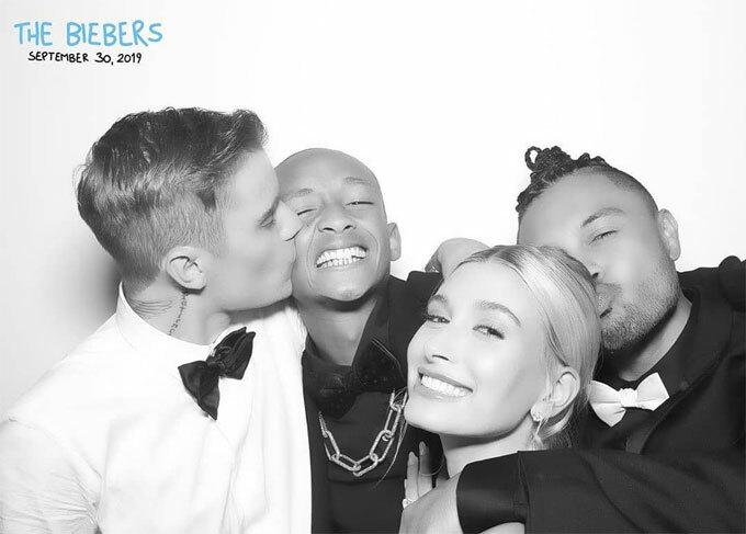 Chú rể Justin hôn thắm thiết cậu bạn Jaden Smith trong khi cô dâu Hailey được anh chàng khác hôn tóc.