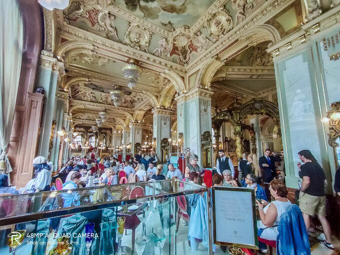 Qua cameracủa smartphoneRealme 5 Pro, Budapest đẹp cổ kính và tráng lệ dù saucả nghìn năm xây dựng đế chế Hungary bền vững. Thủ đô này là điểm đến cho những người thích du lịchtrải nghiệmvăn hóa và cảnh đẹp.