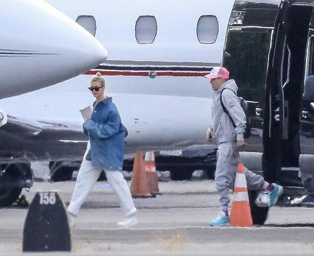 Cặp sao lên máy bay riêng tới địa điểm cưới từ ngày 28/9.