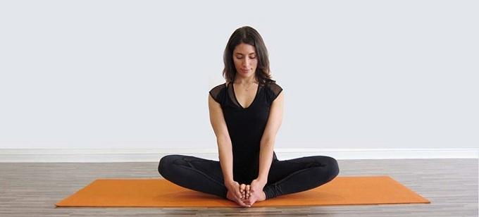 Tư thế yoga tốt cho phái đẹp