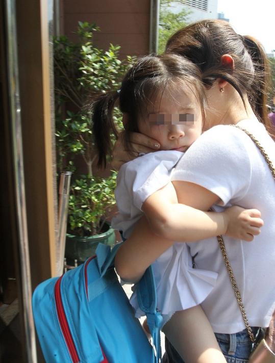Con gái Quách Phú Thành được nhận xét là giống hệt ông bố nổi tiếng.