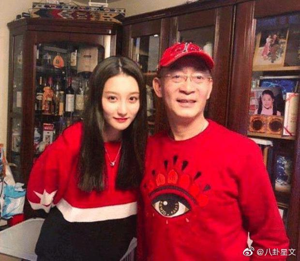 Lục Tiểu Linh Đồng và con gái Chương Đồng Đồng.