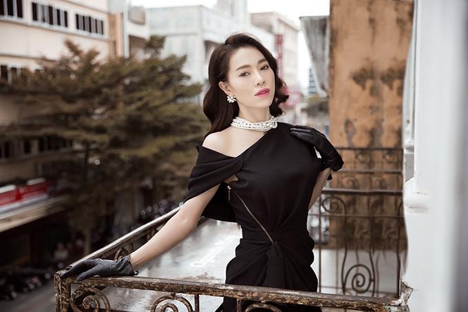 Phong cách đi tiệc của bà trùm hoa hậu Việt - 4