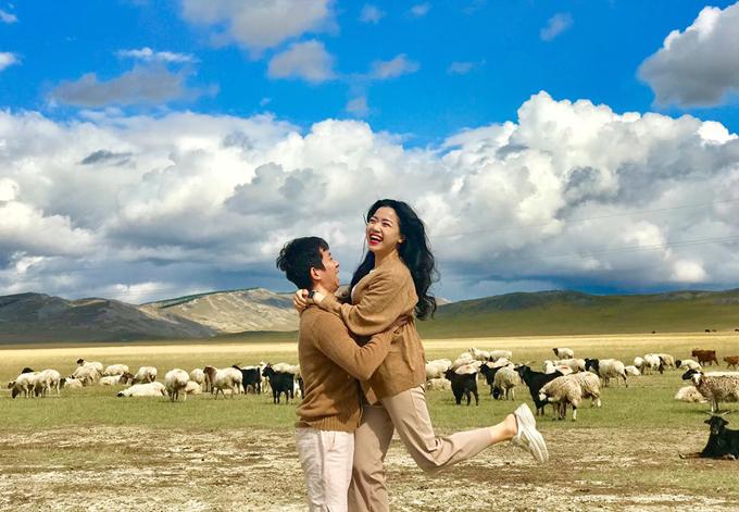 Chuyến du lịch Mông Cổ như mơ của vợ chồng MC Đồng Thu