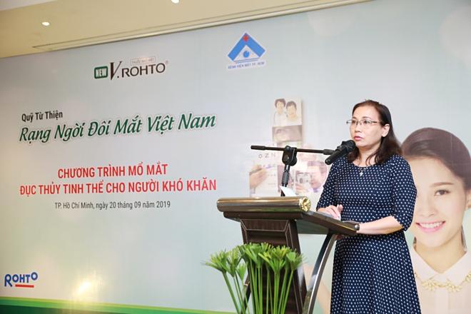 Đại diện Bệnh viện Mắt TP HCM phát biểu tại sự kiện.