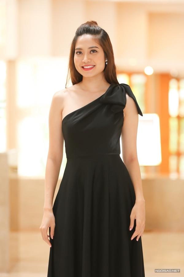 Hoa hậu Biển Ninh Hoàng Ngân.